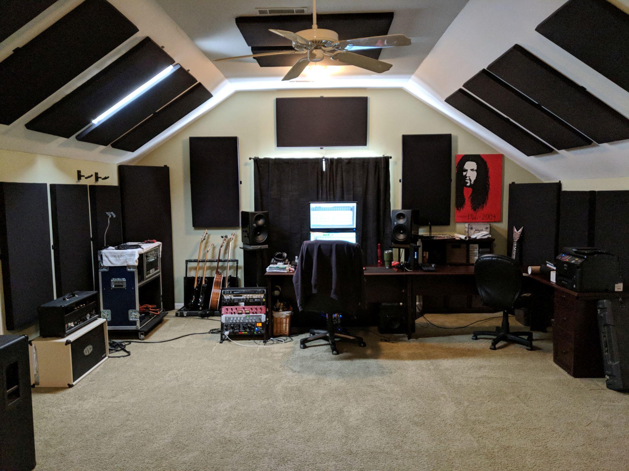 Rich Collins Nashville Studio with Mogami Cable